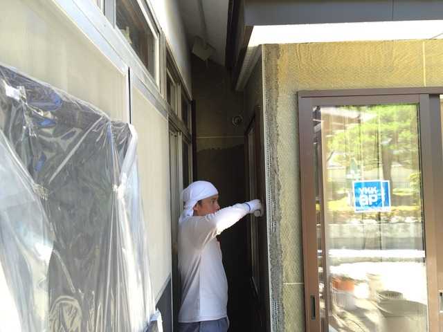 左官職人 漆喰 珪藻土 掻き落とし 土間 コンクリート 外壁 鏝