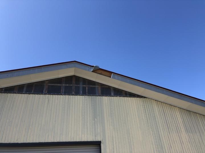 福島県耶麻郡北塩原村のご自宅で、風によって壊れた外壁、屋根を火災保険申請した事例