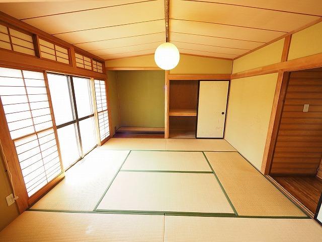 福島県郡山市の住宅で和室の畳をフローリングに張替えた内装リフォーム